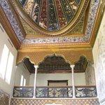 Бывший ханский дворец