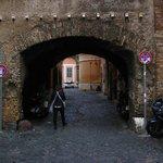 Arco dei Tolomei