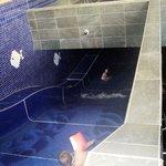 Lo scivolo nella piscina interna