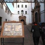 Entrada al Museo Convento.