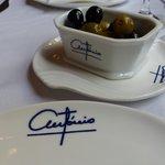Olives served before meal