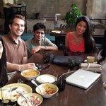 Photo de Pali Village Cafe