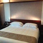Doppelbett im Aqua-Room