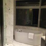 the gorgeous tub