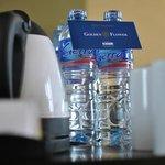 Penyediaan air mineral yang rapi