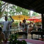 Lunch at Mayaland, dancers