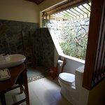 The sea view bungalow bathroom