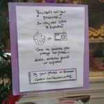 vetrina Berties's CupCakery