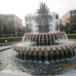 Pineapple Fountain, its surrounding bench is perfect for a good rest after the sightseeing walk