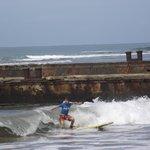 BEGINNER SURFERS 2