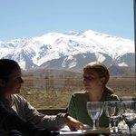 Vista de los Andes desde el restaurant de la posada