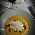 velouté de butternut... un délice.  La photo ne lui rend pas hommage