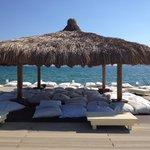 エーゲ海を見ながら日陰で昼寝が最高