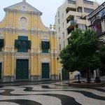 朝の聖ドミニコ教会