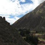 Cercado por montanhas