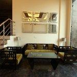 Photo de Stallen Suites and Apartments