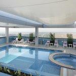 Swimming Pool (87137339)