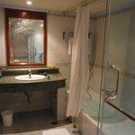 洗面台、シャワーブース