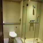 トイレ、シャワーブース