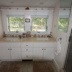 Mary & Millie Suite Bath