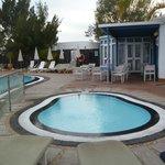 Apartamentos Fariones, Pool Area