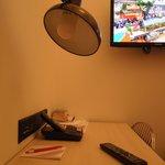 Mesinha e TV