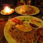 Saren Indah's restaurant serves good-value, freshly-prepared meals. Perfect for a romantic dinne