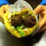 falafel houmous