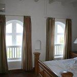 Villa 35 Queen Bedroom