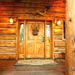 Bentwood Inn_Front Door_2014