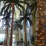 Marriott Waterside lobby decorated for Christmas.