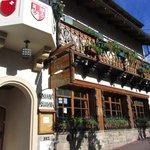 Puerta de entrada a Casita Suiza