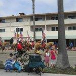 Frente do hotel - Dia de Festa