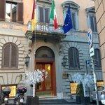 frontis del hotel Barberini