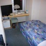 シングルの客室です。清潔でした。