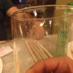 Outro copo servido sujo