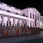 Excelente el palacio presidencial