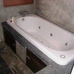 That is one sweet spa bath.