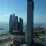 Aussicht Richtung ADNOC Headquarter und Ethihad Towers