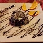 Il pan di Spagna al cacao e cocco, delizioso.
