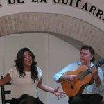 Actuación de flamenco con Jose Luis Postigo (fundador de Casa de la guitarra)