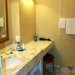 Marble Counter Tops in Bathroom