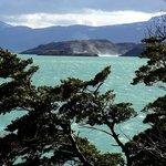Pehoé Lake