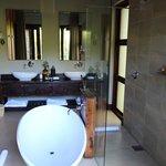 big bathroom!
