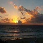 Amanecer espectacular el día 1 de enero de 2014 desde el balcón de la habitación...