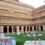 Laxmi Niwas, courtyard