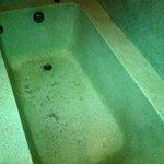 Room Tub