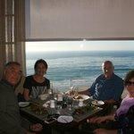 al tavolo da pranzo con vista sull'Oceano!