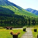 Summit Lake Lodge Photo