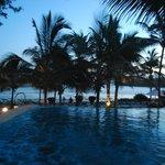 Relax al tramonto sulla Piscina del Mapango